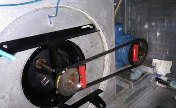 Laserowe osiowanie wentylatora z napędem pasowym Aminex