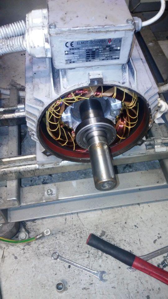 Serwis wentylatora i silnika napędowego. Wymiana łożysk w silniku i wentylatorze. Osiowanie zespołu i wyważenie wentylatora.
